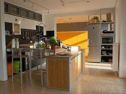 Hochwertige geräumige 2-Zimmer-Loft-Wohnung mit Balkon in stilvollem Gebäude Nähe Zoo/Eilenriede