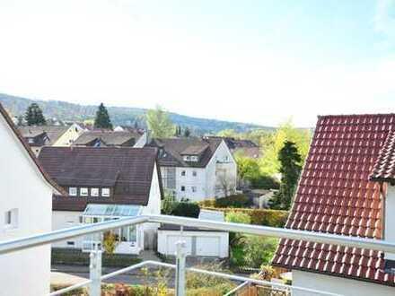 Schöne Dachwohnung mit Balkon zentral in Schorndorf