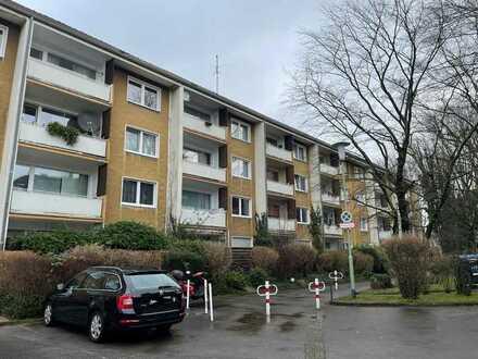 Entwicklungsfähige Eigentumswohnung mit Balkon in Essen Frohnhausen