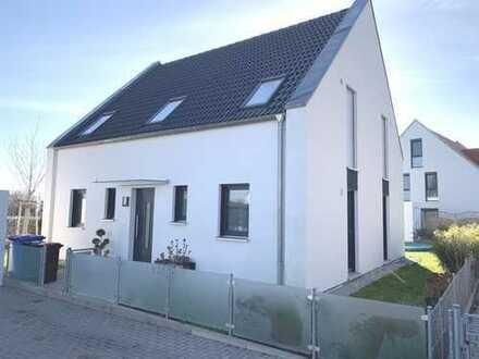 Selten zu bekommen: sehr schönes EFH in begehrter Wohnlage Nürnberg/Nord mit großen Grundstück