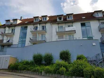 Stilvolle, vollständig renovierte 1-Zimmer-Maisonette-Wohnung mit EBK in ebingen