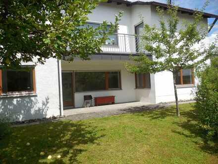 Gemütliche, schön ausgestattete 2 Zimmer Terrassenwohnung in Ulm/Ermingen