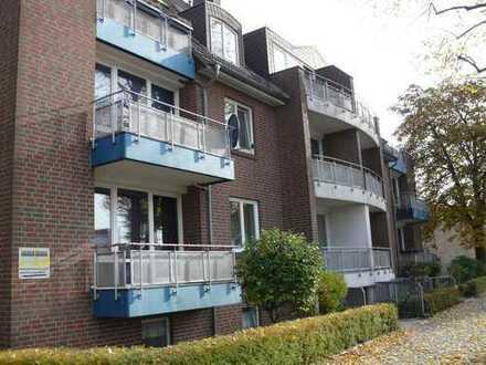 Frisch renovierte 2-Zimmer-Wohnung in Hemelingen, mit Balkon.