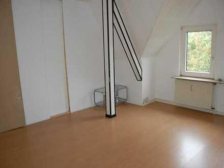 Große 3,5-R Wohnung (auch für 3er WG)