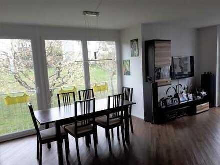 Ruhig und zentral gelegene 3-Zimmer-Wohnung mit Blick ins Grüne