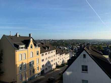 Penthouse mit Dachterasse und Annehmlichkeiten über den Dächern von Gevelsberg