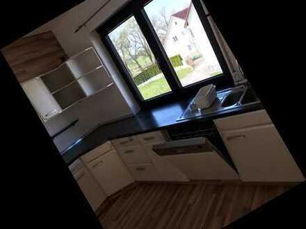 Modernisierte 5-Zimmer-Wohnung mit Balkon und EBK in Manching/Westenhausen
