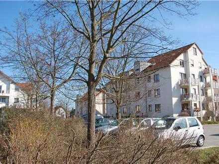 Gepflegte 2-Zimmer-Wohnung mit Balkon und Einbauküche in Renningen