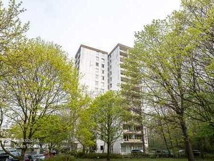 Zollstock - Gut geschnittene, barrierefeie, modernisierte 4-Zimmer-Wohnung am Vorgebirgspark