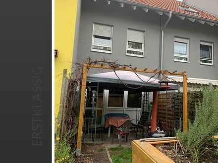 Gepflegtes Reihenmittelhaus in Landau zu verkaufen!