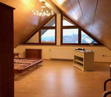 Schöne 3,5-Zimmer-Wohnung mit Balkon und EBK in Schömberg/Langenbrand