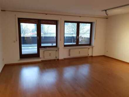 TOP schöne, gepflegte 2-Zimmer-Wohnung mit Lift u. Balkon in TOP LAGE