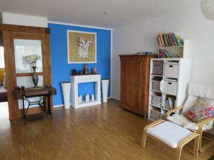 Wunderschöne 4-Zimmer-Maisonette-Wohnung mit eigenem Garten in familienfreundlicher Lage