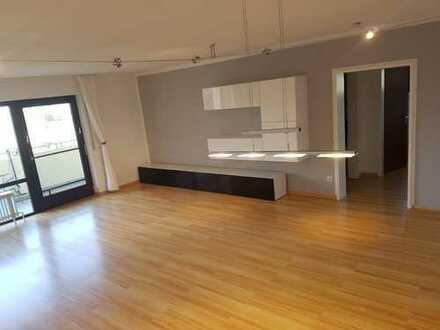 Stilvolle 3,5-Zimmer-Wohnung mit Balkon und EBK in Eberdingen