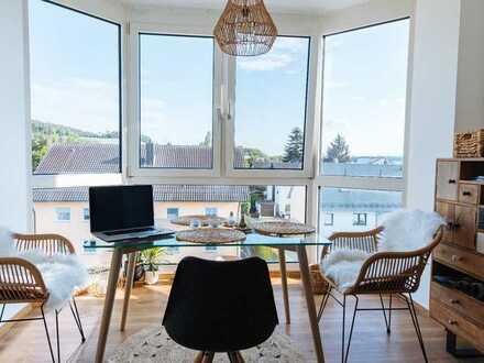 Regenstauf, 3-Zimmer-Wohnung neu saniert mit EBK - Erstbezug