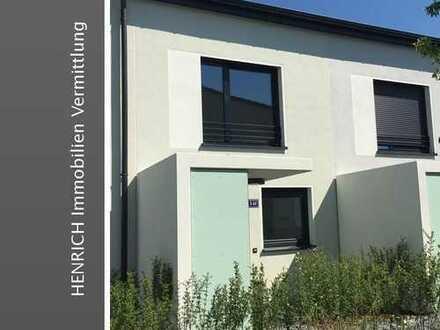 Neubau-Erstbezug: Modernes Reihenmittelhaus mit Garten und PKW-Stellplatz