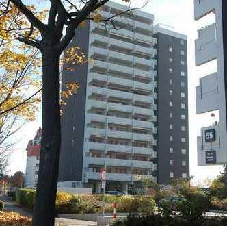 Gehobene 1-Zimmerwohnung im 13. OG mit herrlicher Fernsicht, EBK, Balkon und TG in Ditzingen