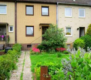 Schönes Reihenmittelhaus mit Garten und Balkon - Provisionsfrei