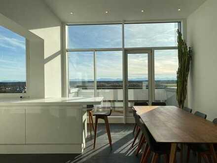 frisch renoviert! Einzigartiges und individuelles Penthouse mit Alpenblick