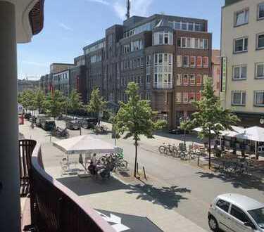 55qm 2Zim. helle Wohnung mit gr. Südbalkon-neue Küche,Bad,Fussboden+Bett&Kleiderschrank