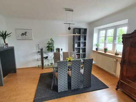 Schöne 3-Zimmer-Erdgeschosswohnung mit EBK in Mering