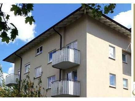 TALHEIM - Großzügige 2,5 Zimmer im DG inkl. Balkon, Einbauküche und TG-Stellplatz