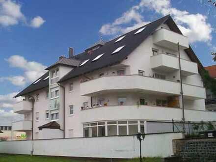 Penthouse Wohnung mit Dachterrasse, Balkone, Kamin, etc.