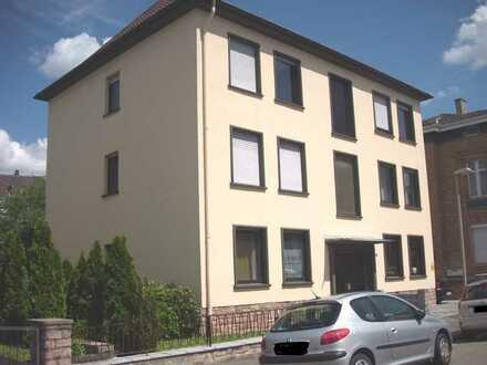 Zentrale Wohnung in ruhigem Haus mit Balkon am Rande des Kurgebiets