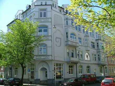 Schöne Dachgeschosswohnung, zentrumsnah in Wilhelmshaven (D-16)
