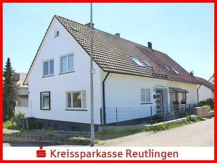 Ein-/ Zweifamilienhaus in sonniger Ortsrandlage