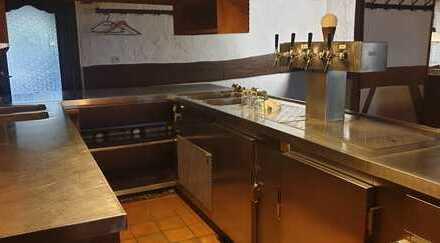 Schönes Restaurant mit großer, voll ausgestatteter Küche zu vermieten!