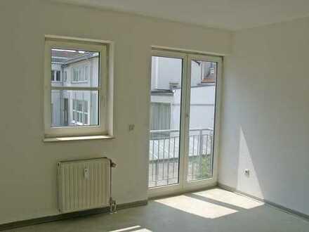 POCHERT HAUSVERWALTUNG - Hübsches kleines Apartment in Kaiserslautern - Papiermühlstraße