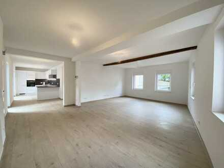 Wohnen im Karree - Landidylle trifft auf Moderne - Hochparterre - 3-Zimmerwohnung mit Balkon