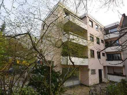 Sendling helle Etagenwohnung mit drei Balkonen