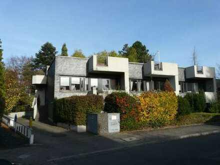 5-Familienwohnhaus mit freiwerdender Eigentümerwohnung inkl. 70 m² Dachterrassen - Düsseldorf