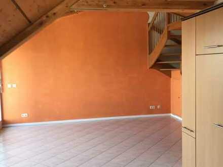 Traumhafte helle Galerie Wohnung in Top Lage von Herrenberg