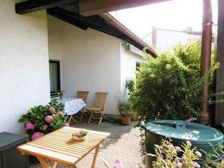 Neusäß: Großzügiges 2,5 Zimmer Penthaus mit 2 Dach-Terrassen und Weitblick!