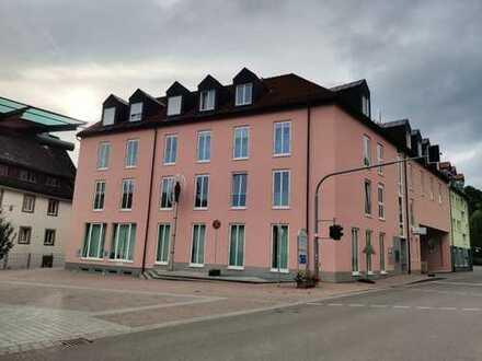 Erstbezug nach Sanierung: freundliche und offene 3-Zimmer-Wohnung im Zentrum von Furtwangen