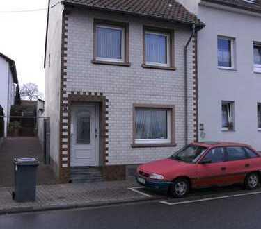 Gepflegtes, optimal gelegenes Haus, Hof, kleine + größere Nebengebäude, Garten, 55545 KH-Bosenheim