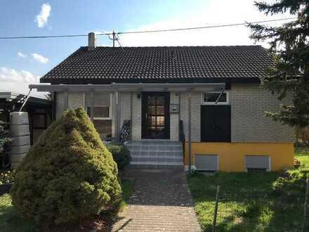Einfamilienhaus mit Einliegerwohnung (noch vermietet) in Hoßkirch