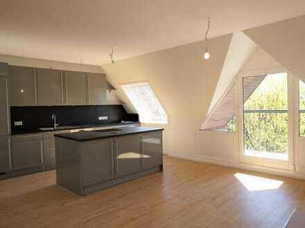 Über den Dächern von St. Pauli! Modernisierte 3-Zimmer-Wohnung im Loftcharakter