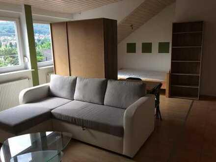 Exklusive 1-Zimmer-DG-Wohnung mit EBK in Karlsruhe