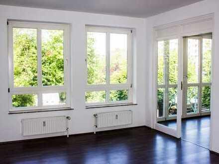Schöne sonnige, vollständig renovierte 3-Zimmer-Wohnung mit EBK in Bremerhaven