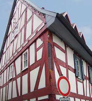 Außergewöhnliches Fachwerkhaus in Frankfurt am Main, Praunheim