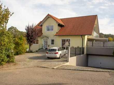 Großes Haus in Tiefenbach (LA) zu mieten bis Ende 2022