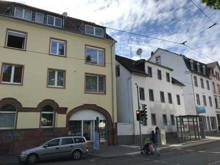 Schöne 3-Zimmer-DG-Wohnung mit Einbauküche in Darmstadt