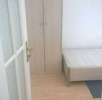 260€ warm für 10m² Zimmer an Wochenendfahrer