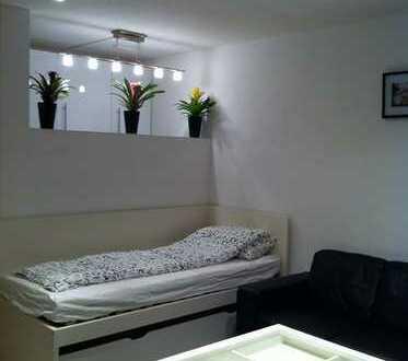 Vollmöbiliert Modern 1-Zimmer-Wohnung mitten in Stuttgart