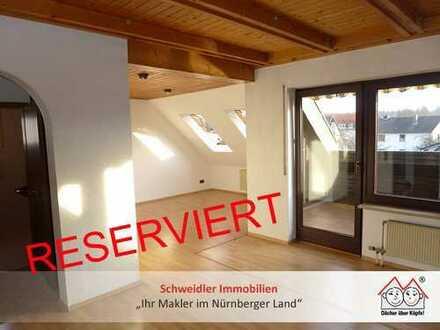 """""""Maisonettes Wohnen"""" in Nürnberg-Fischbach! 2,5-Zimmer-Eigentumswohnung mit Loggia und Einzelgarage"""