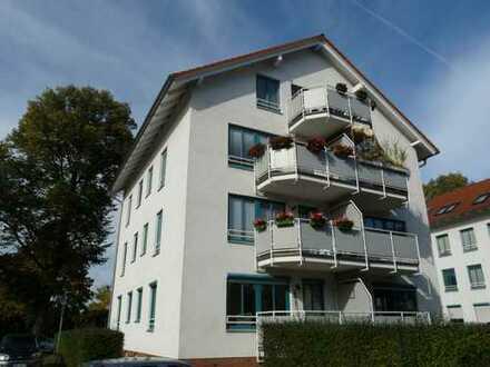 Wunderschöne und zentral gelegene 3-Zimmer Dachgeschosswohnung - NEU: bezugsfrei ab 09/2019